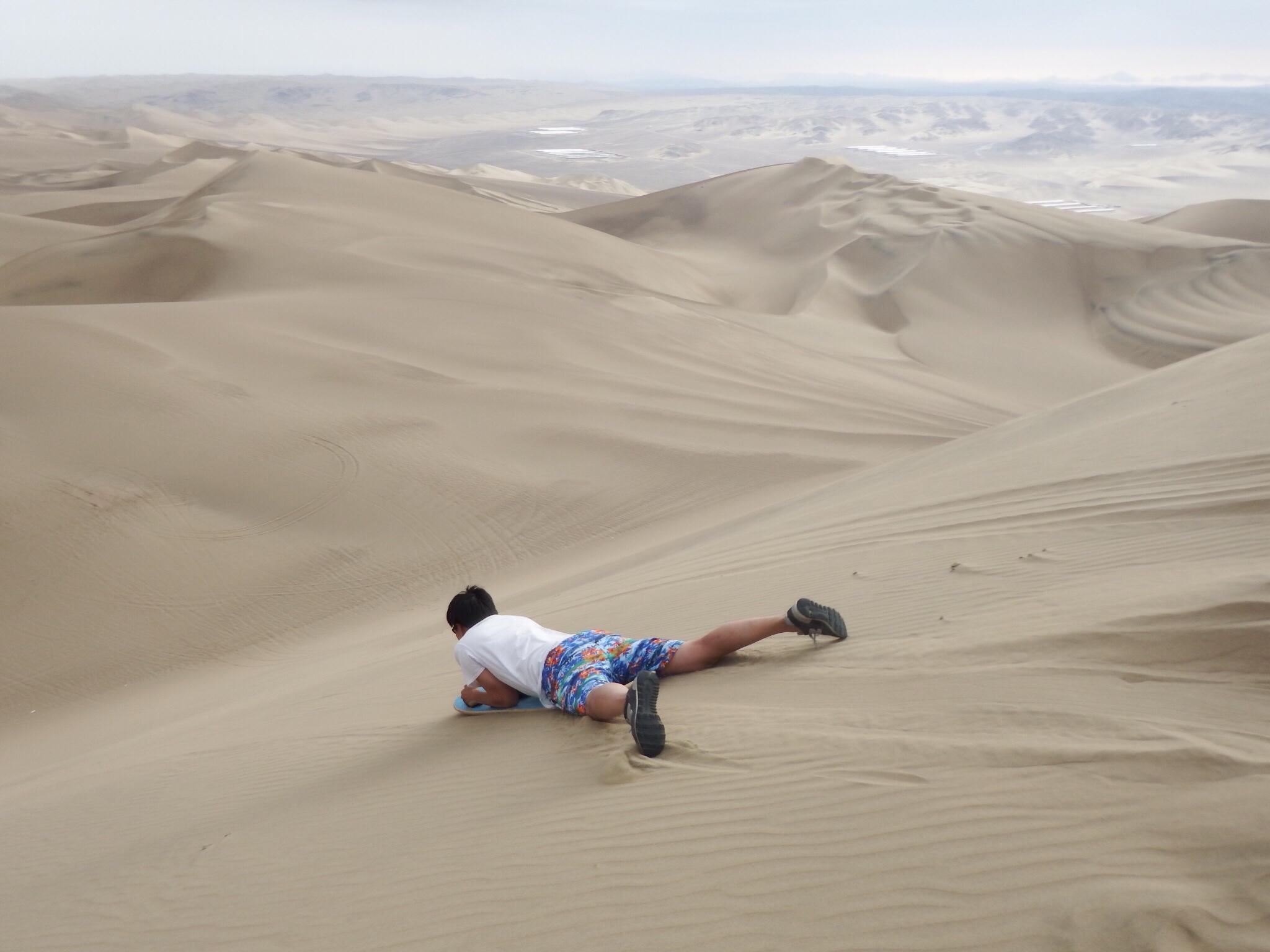 ペルー、ワカチナで砂漠を疾走!!