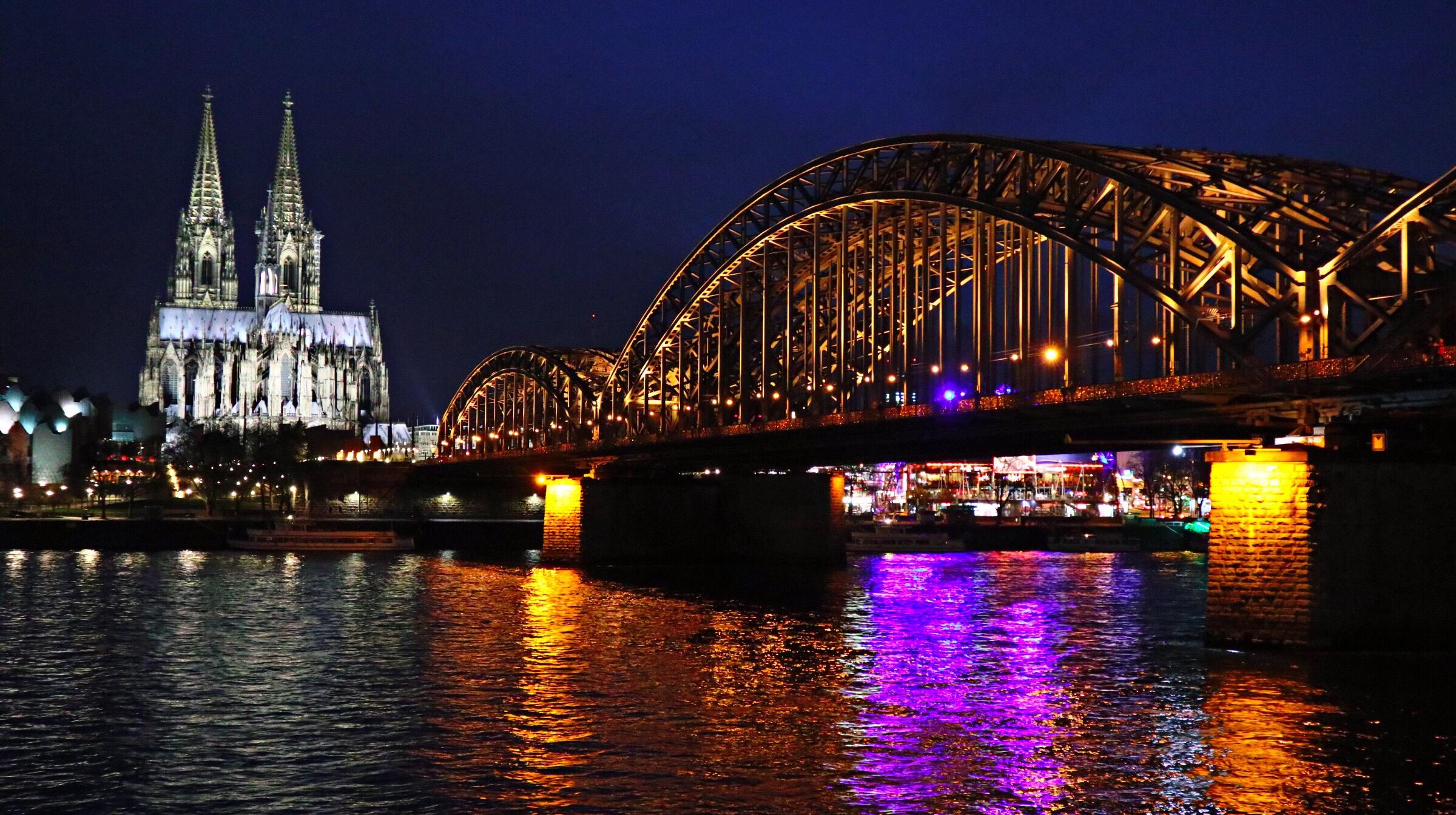 【ドイツ】食事も観光も!スケールドでか、ケルン!【観光】